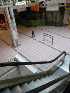 Auch die Mall im Inneren des Brückencenters soll völlig umgestaltet werden. (Foto: Oskar Eichhorst)
