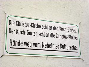 Nachbarschaftsprotest an einer Hauswand neben der Christuskirche. (Foto: oe)