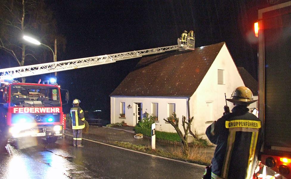 Der erste Kaminbrand des Jahres in der Flamke. (Foto: Feuerwehr Sundern)