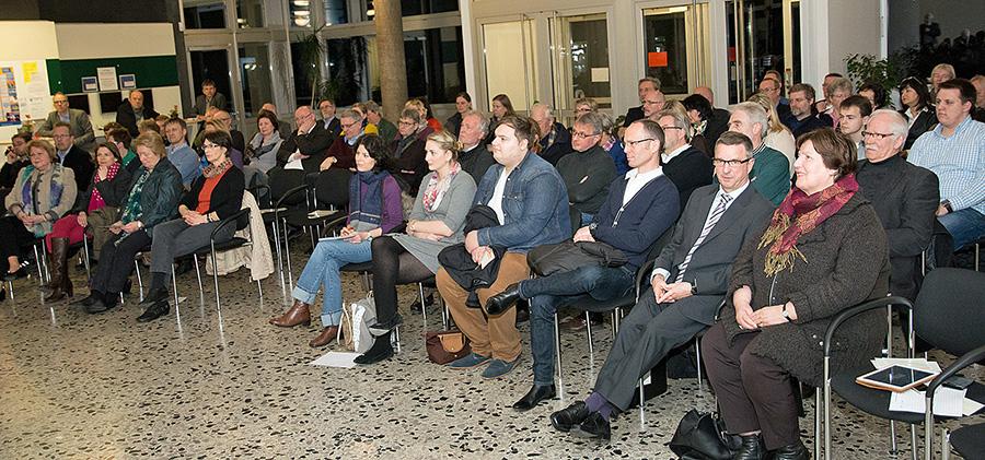 Gut besucht war das erste Expertengespräch der CDU für einen Arnsberger Zukunftsplan im Berufskolleg am Eichholz. (Foto: CDU)