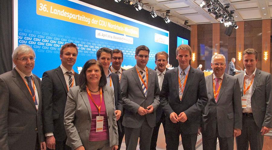 Einige der Delegierten aus dem HSK beim Landesparteitag in Düsseldorf. (Foto: CDU)
