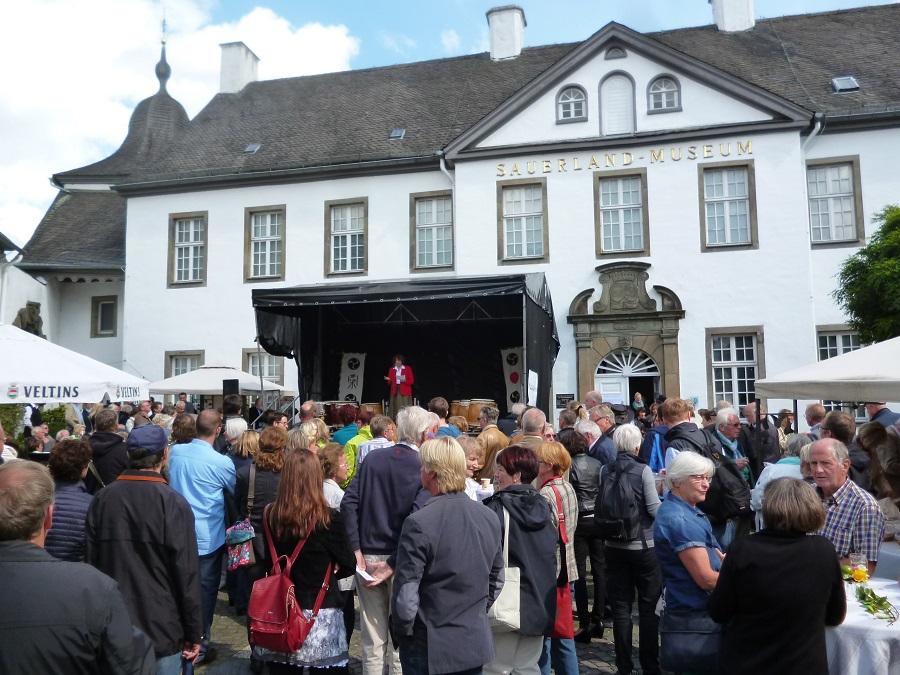 Dicht drängten sich die Besucher beim Museumsfest, das eine Zäsur und den Beginn der dreijährigen Umbauphase markiert. (Foto: oe)