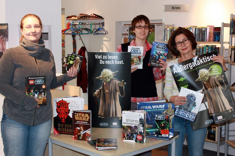 Das Team der Stadtbücherei Sundern lädt in der zweiten Hälfte der Herbstferien zur Star Wars-Woche ein. (Foto: Stadtbücherei)