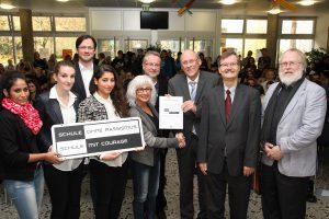 """Das Berufskolleg am Eichholz freut sich über die Auszeichnung """"Schule ohne Rassismus"""". (Foto: BKaE)"""