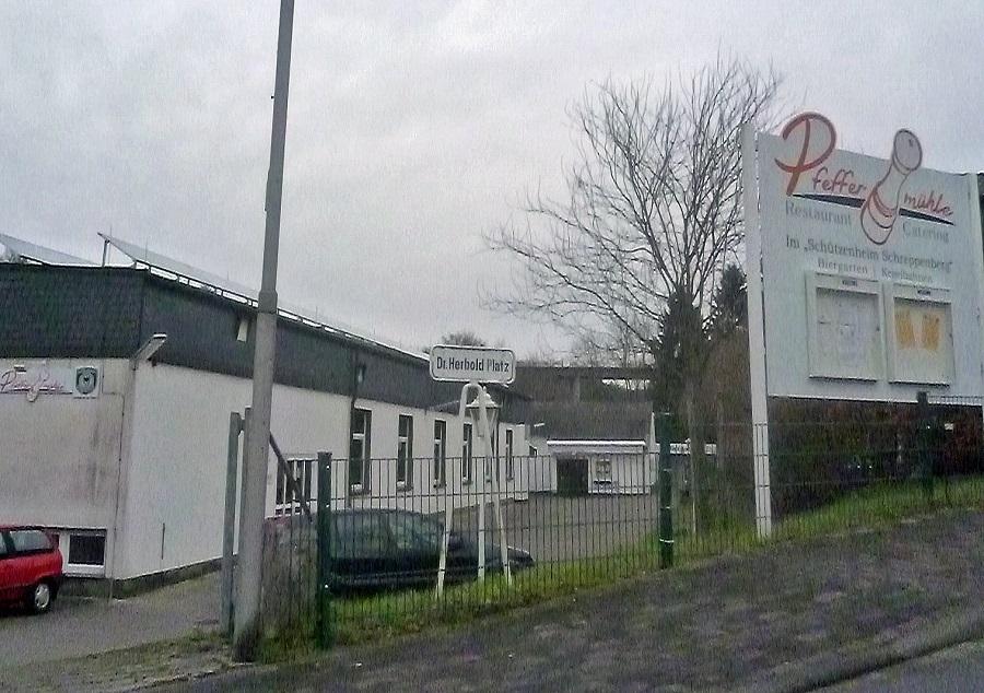 Das Schützenheim neben der Schützenhalle auf dem Schreppenberg wird von Schützenverein wieder als Ehrenamtskneipe betrieben, nachdem der letzte Pächter aufgehört hat. (Foto: oe)