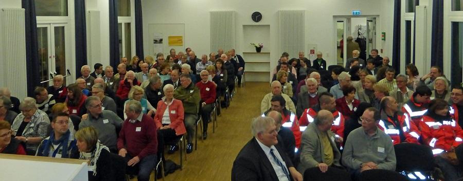 109 Ehrenamtler haben ihhre neue Ehhrenamtskarte im Saal des Bürgerbahnhofs persönlich entgegen genommen. (Foto: Stadt Arnsberg)