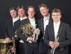 Bei Quintonic spielen vier Musiker der Philharmonie Südwestfalen. (Foto: Veranstalter)