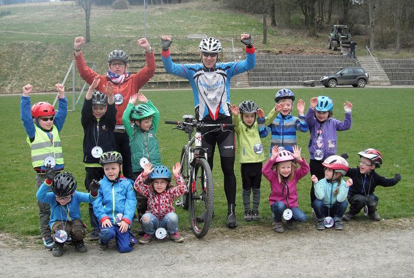 Die hagener Kids haben für ihr Rennen bei Megasports trainiert. (Foto: KiTa hagen)