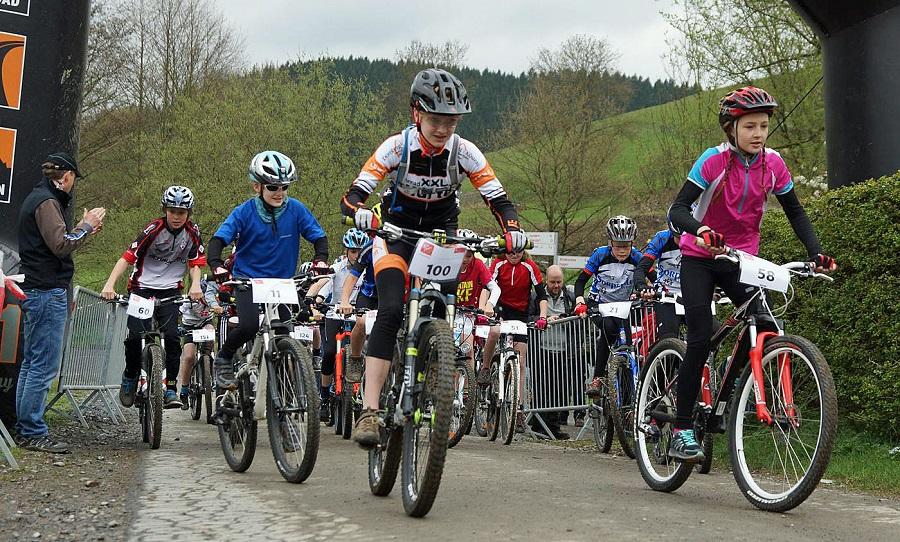 Der Sonntag stand im Zeichen der Nachwuchsrennen. (Foto: Mega-Sports)achwuchsrennen