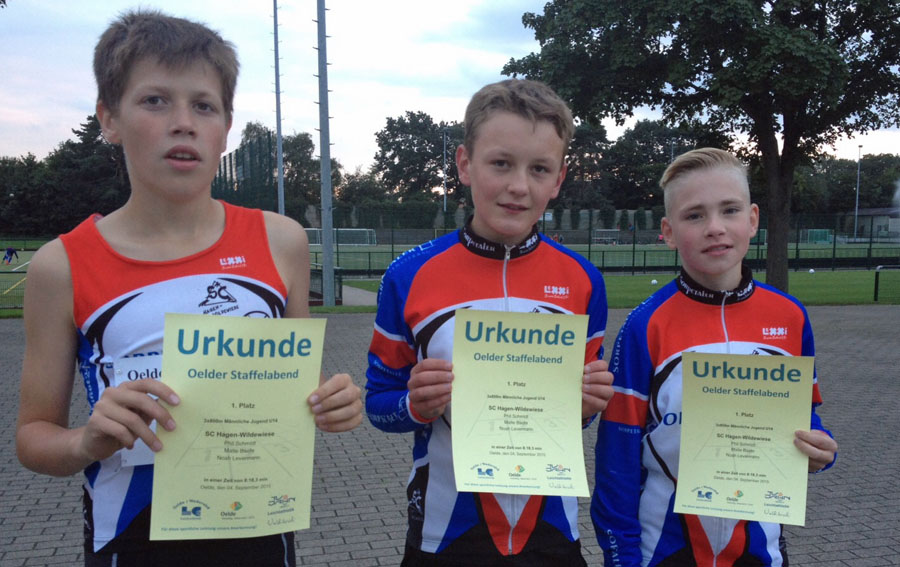 Die siegreiche U-14- Jungen-Staffel des SC Hagen-Wildewiese: von links Phil Schmidt, Malte Baehr und Noah Levermann. (Foto: SC)
