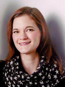 Martina Schöttler, SGV-Jugendwartin, steht hinter ihrem Zelt-Projekt. (Foto: SGV)