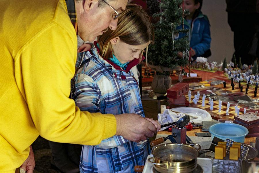 In der Weihnachtsgalerie Handwerk gibt es viel zu sehen und auch zu kaufen. (Foto: HWK)