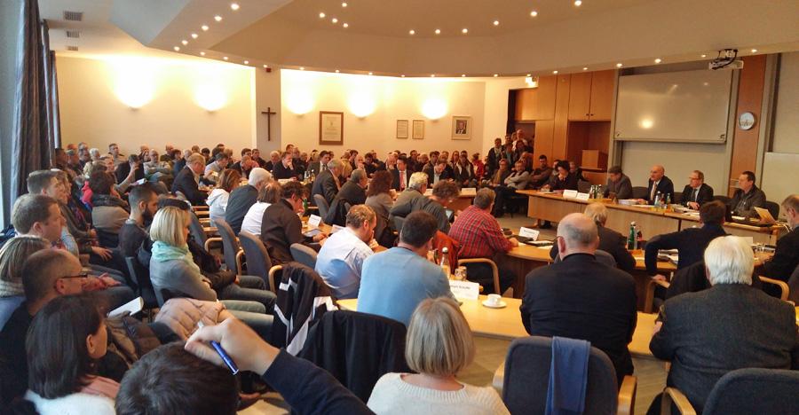 In der Ratssitzung stand auch ein Bericht zur Flüchtlingssituation auf der Tagesordnung. (Foto: oe)