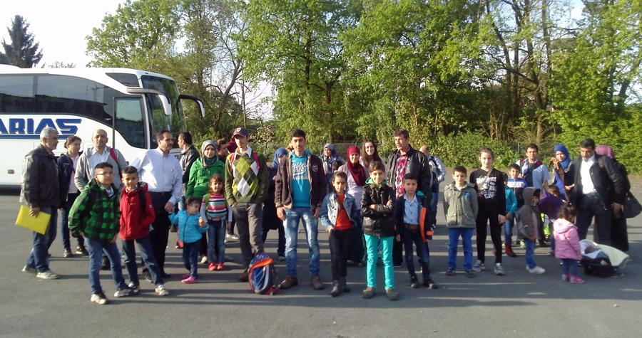 Mit insgesamt vier Bussen fuhren im Mai 160 Flüchtlinge aus Sundern zur BAMF in Bielefeld. (Foto: Stadt Sundern)