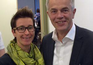 Verena Verspohl von den Arnsberger Grünen traf am Tag nach der Verkündung des Lattenberg-Rückbaus mit Umweltminister Remmel zusammen. (Foto: Grüne)